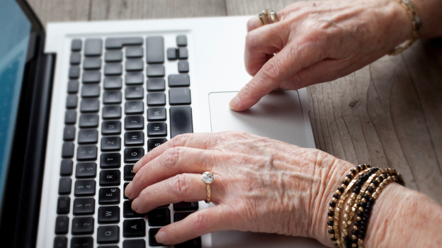 More older adults are using the Internet, thanks in part to introductory classes offered offline. (iStockphoto.com)