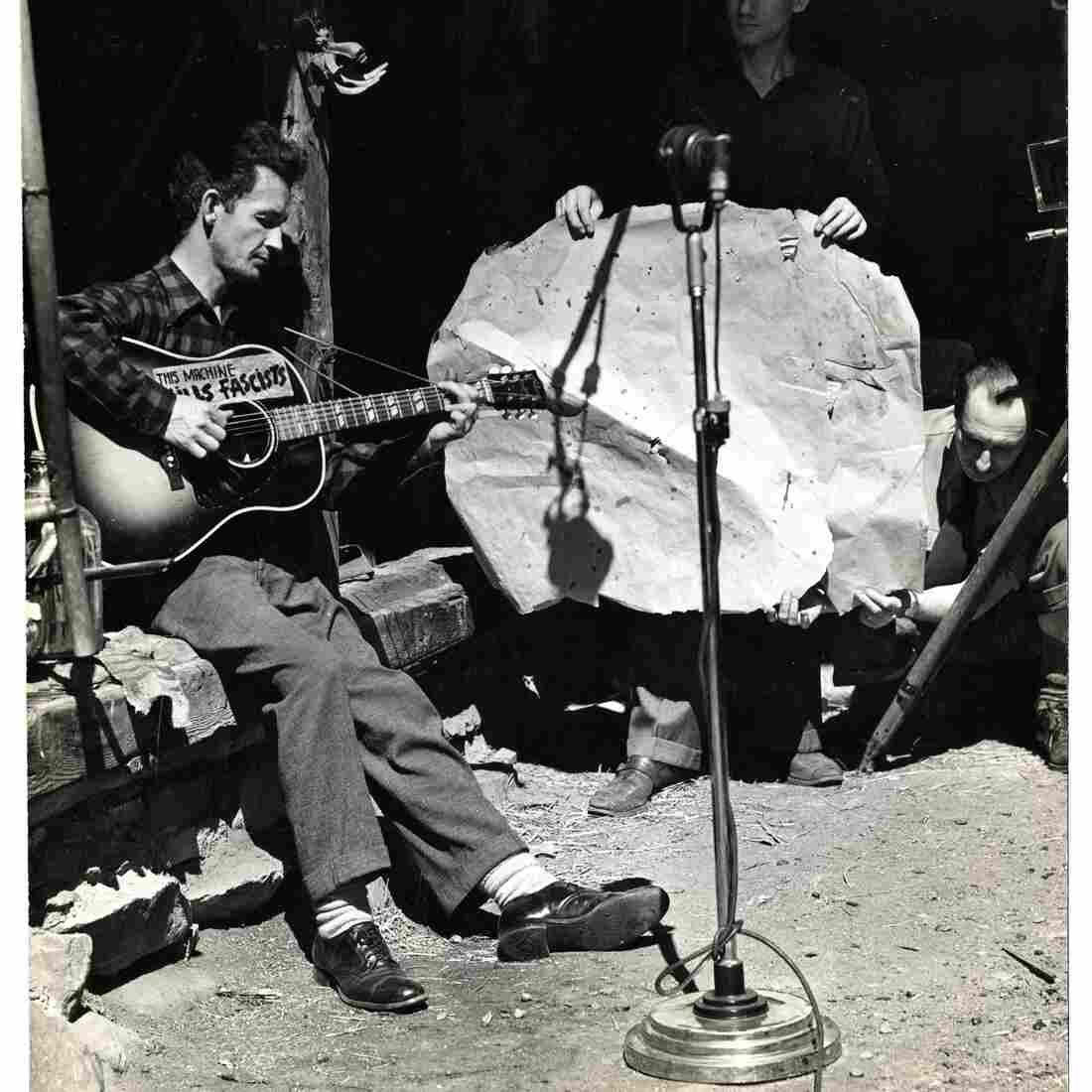 Fresh Air Celebrates Woody Guthrie At 100