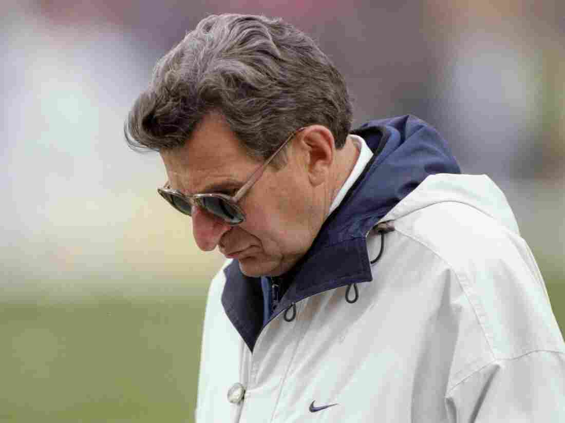 Penn State football coach Joe Paterno in 1997.