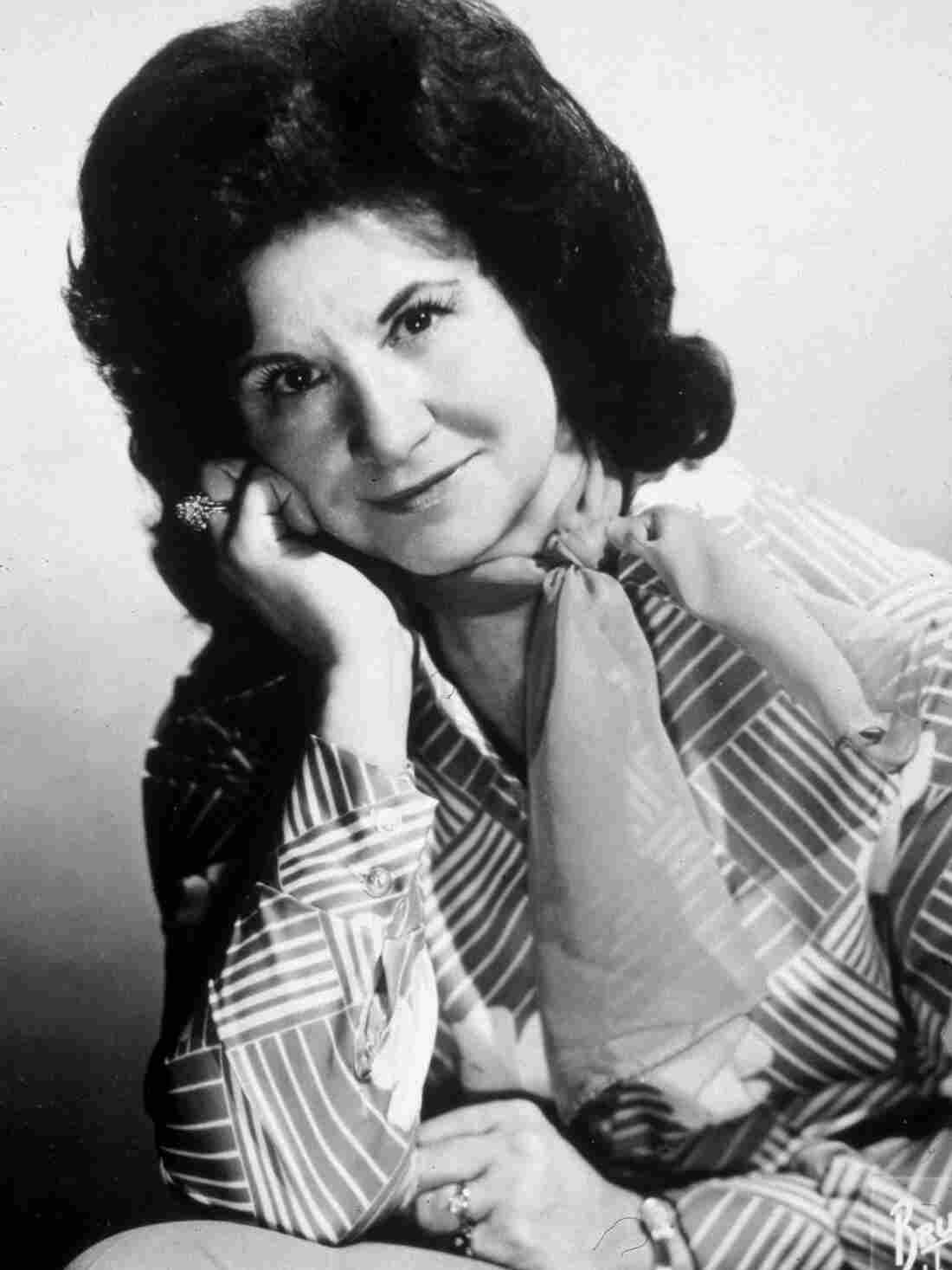 A studio portrait of Kitty Wells in the mid-'70s.