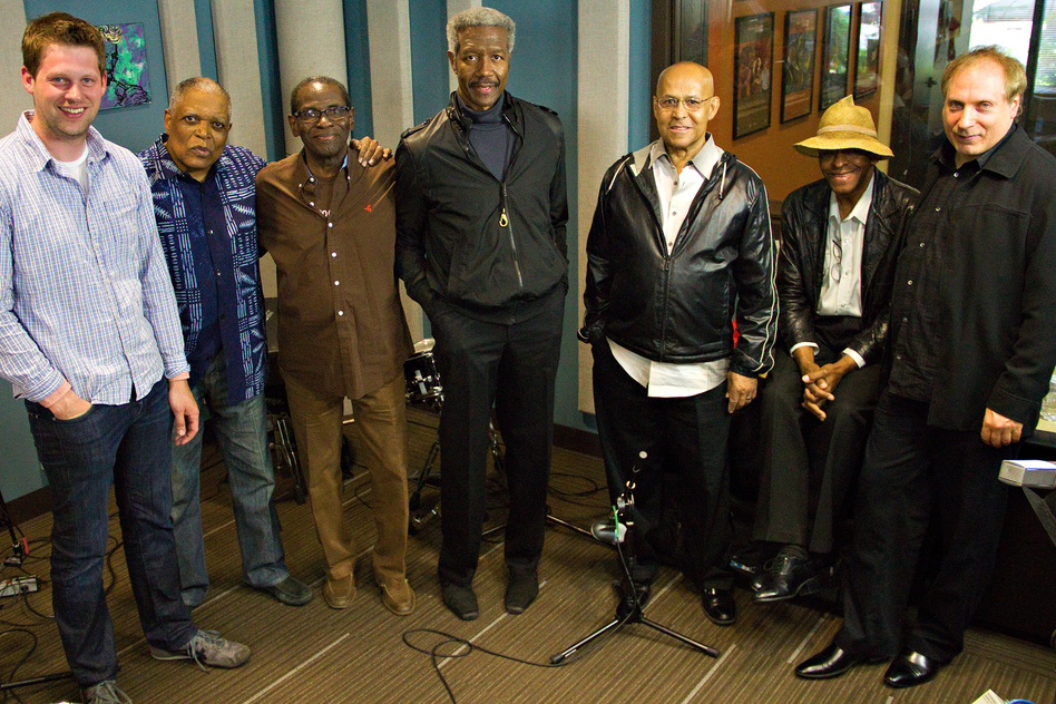 The Cookers with host Kevin Kniestedt. L-R: Kniestedt, Billy Hart, George Cables, Billy Harper, Eddie Henderson, Cecil McBee, David Weiss.