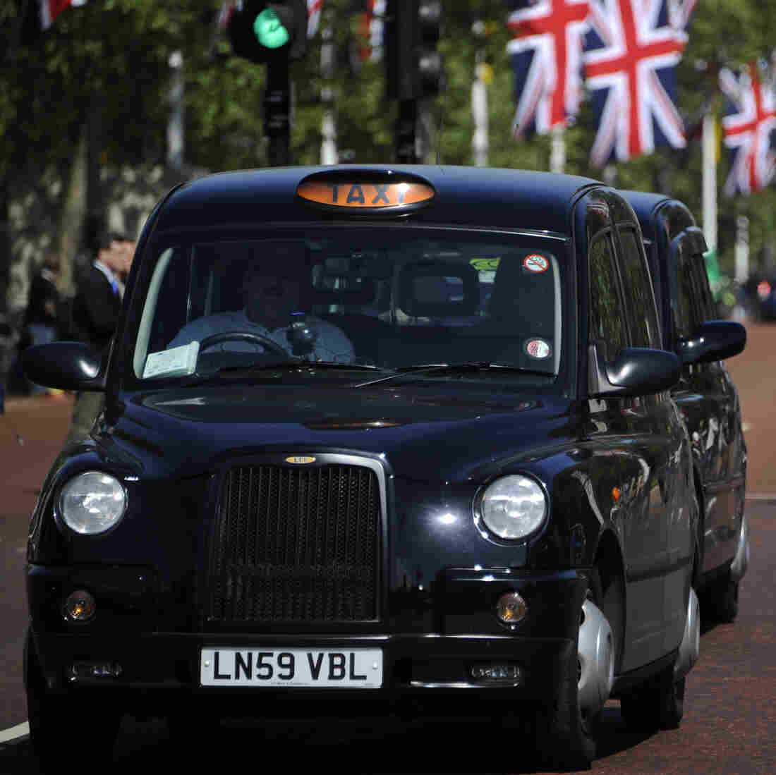 Get Revved Up: London Cabbie Picks Olympic Reads