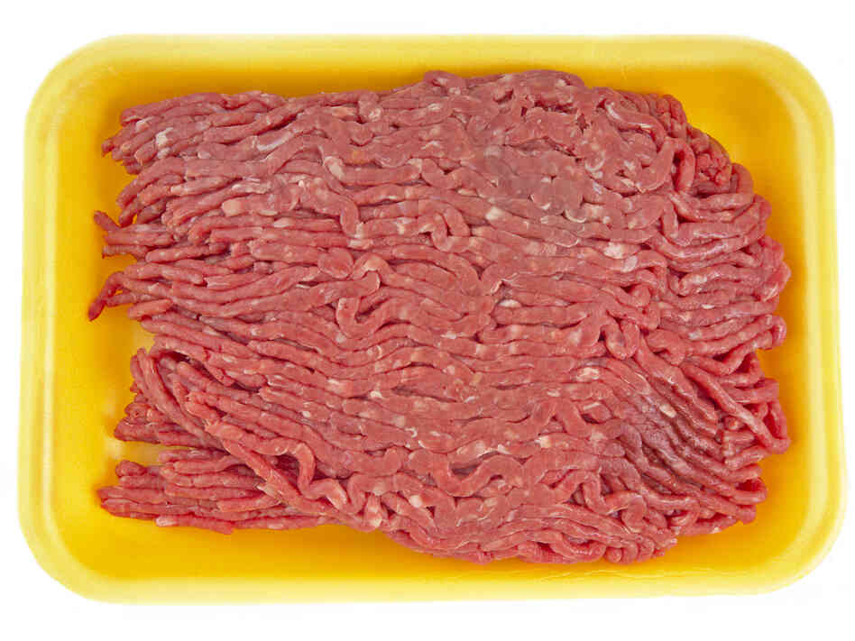 Salmonella traced to ground beef processed by Cargill is being recalled from Hannaford grocery stores.