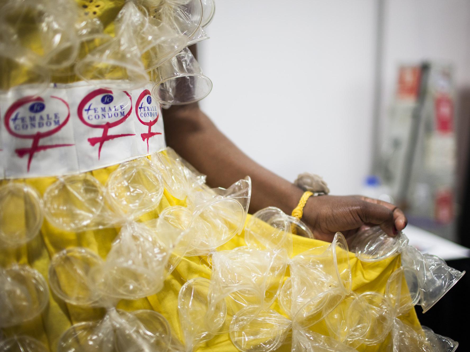 how to make a condom dress