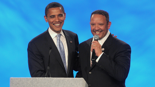 Then-presidential candidate Barack Obama poses with National Urban League President Marc Morial on Aug. 2, 2008. (AP)