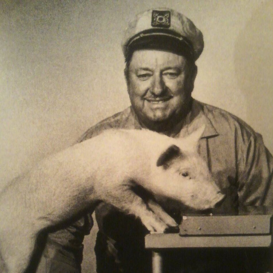 Inn trained the pig Arnold Ziffel to play the piano for the television series Green Acres. (Courtesy of Kathleen Copson)