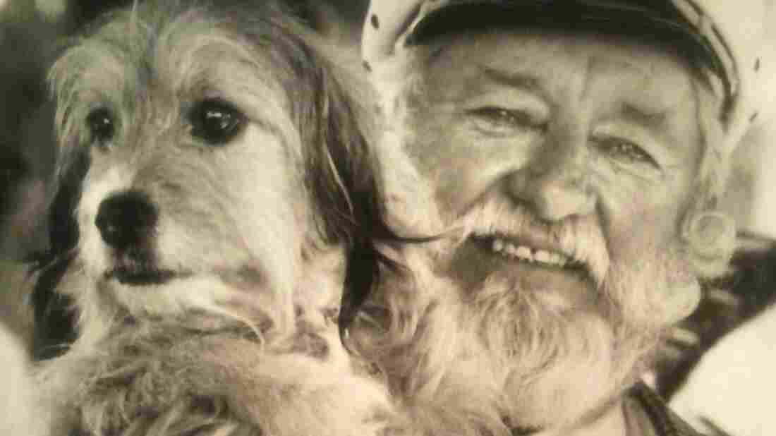 Hollywood animal trainer Frank Inn with Higgins, a shelter dog known for his starring roles in the 1960s TV series Petticoat Junction and the 1974 film Benji.