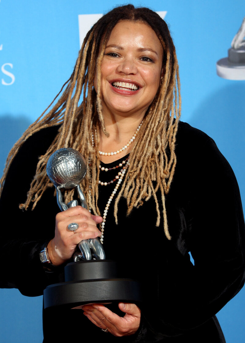 Communication on this topic: Jean Hale, kasi-lemmons/