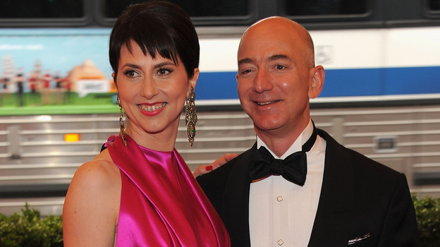 Mackenzie Bezos and Jeff Bezos. (Getty Images)