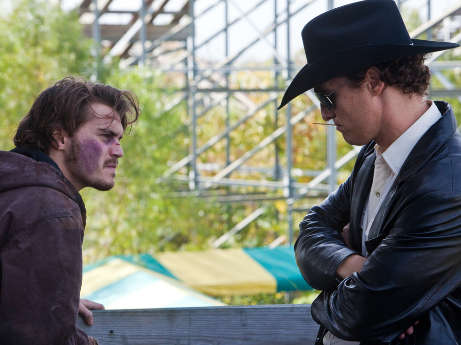 A Dallas hard-luck case  (Emile Hirsch, left) hires a corrupt cop (Matthew McConaughey) to kill his estranged mother when he hears about her rich insurance policy. Needless to say, the plot of <em>Killer Joe</em> doesn't quite work out as planned.