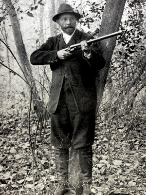 Leon de Lunden of Belgium won the live pigeon shooting event at the 1900 Olympics in Paris - the only time in Olympic history when animals were killed on purpose.