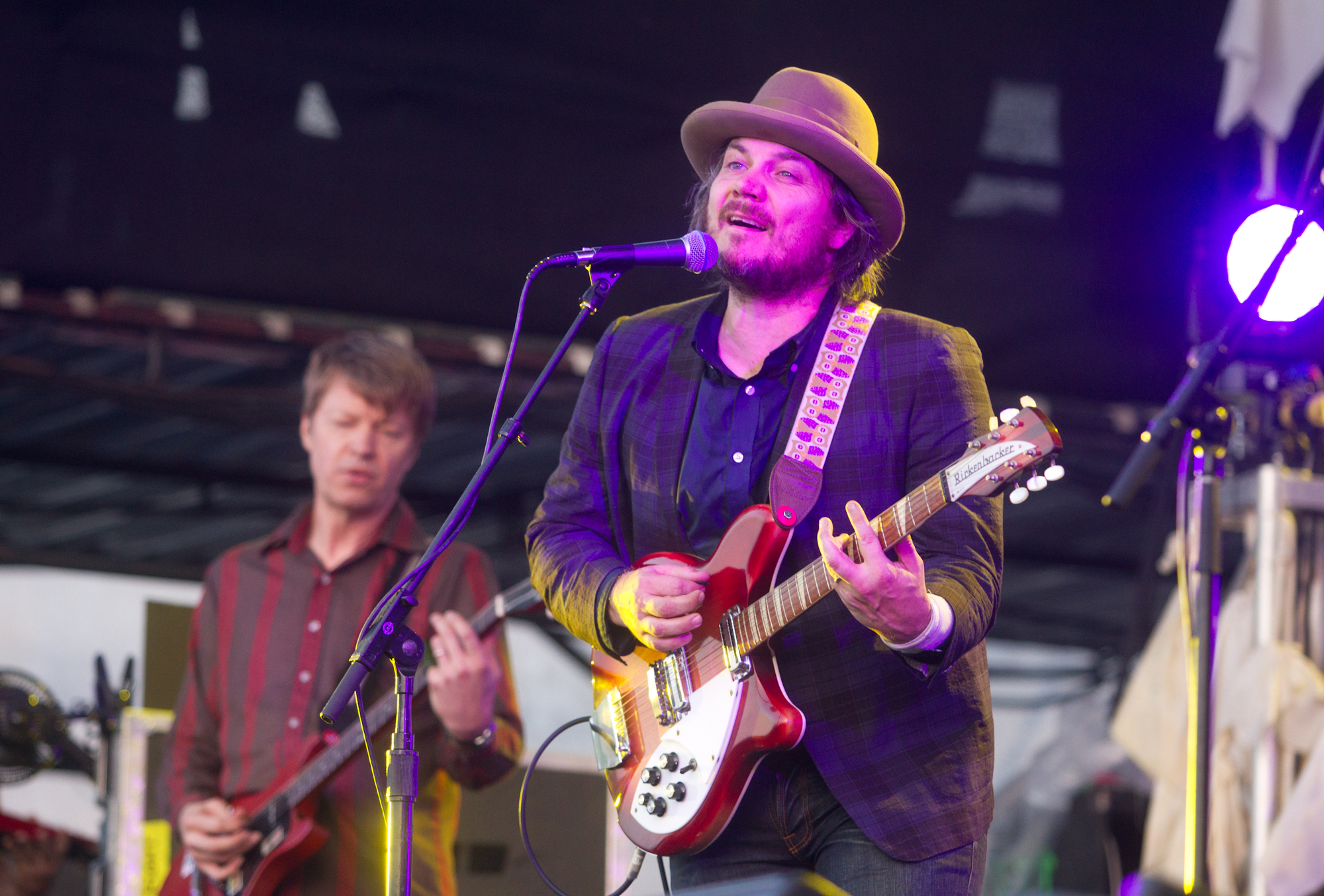 Jeff Tweedy (right) in a heavenly gaze.
