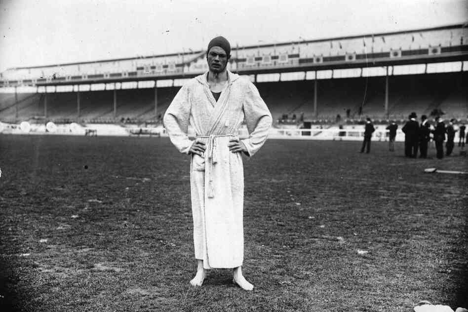American Charles Daniels won five Olympic swimming gold medals between 1904 and 1908, including the 100 meter freestyle event in London.