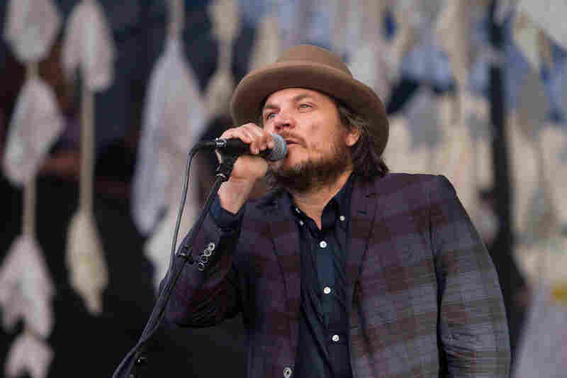Wilco's Jeff Tweedy in a fashionable fedora, the unofficial hat of Newport.