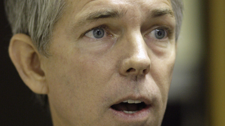 Republican activist David Barton speaks before testifying before the Texas State Board of Education in 2009. (AP)