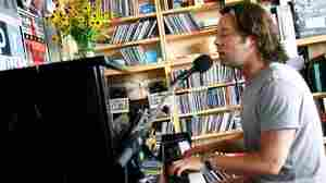 Rufus Wainwright: Tiny Desk Concert