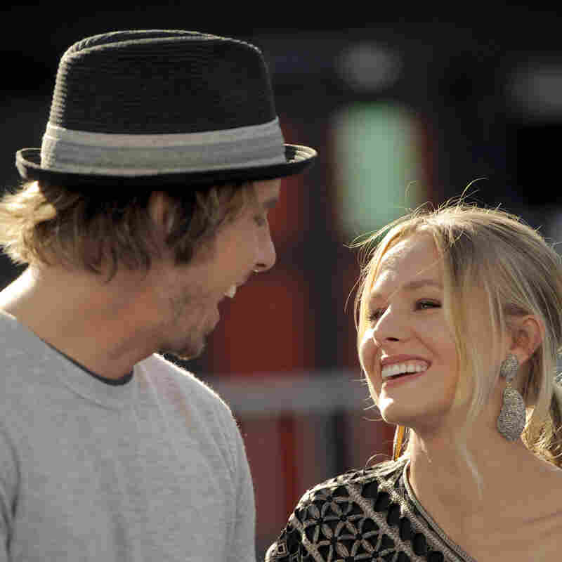 Dax Shepard and Kristen Bell arrive at the Do Something Awards in Los Angeles on Aug. 14, 2011.