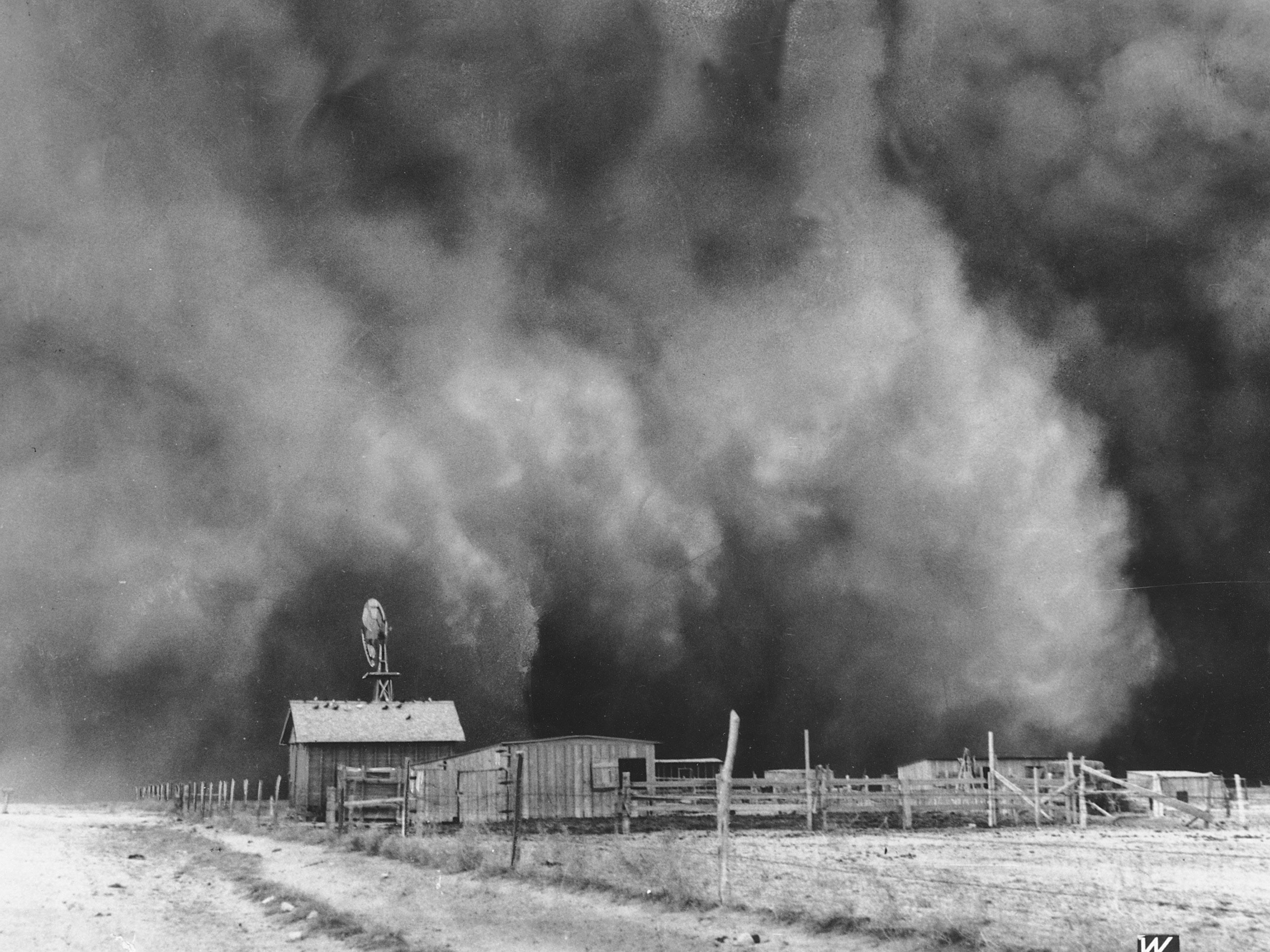 This drought 39 s no dry run lessons of the dust bowl npr for Ranch bowling