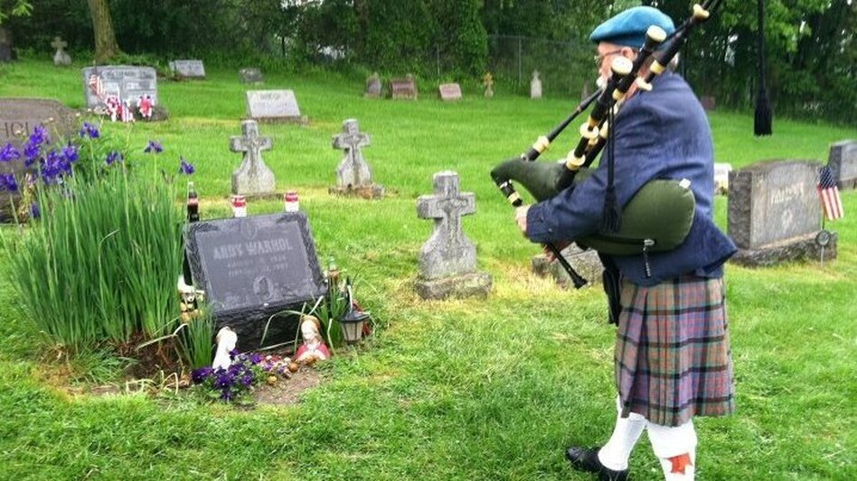 Bagpipe player Dave Olson makes visiting the grave part of his regular routine. (Courtesy of Madelyn Roehrig)