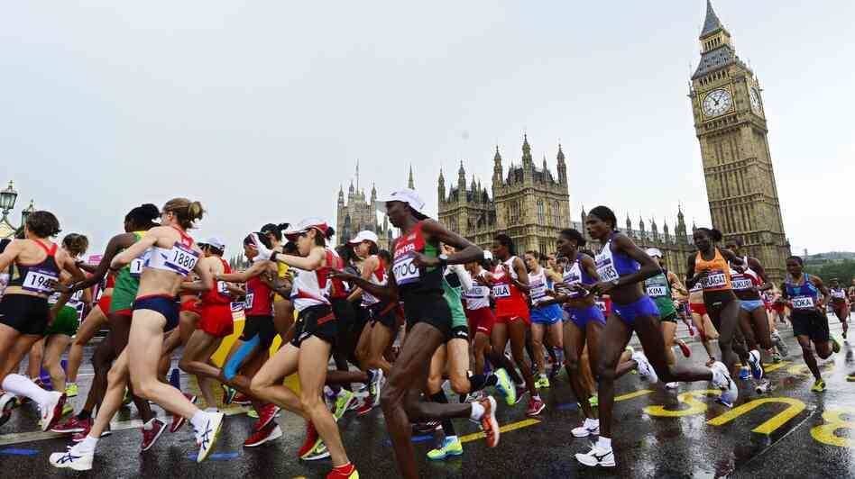 Women marathoners raced past Big Ben.