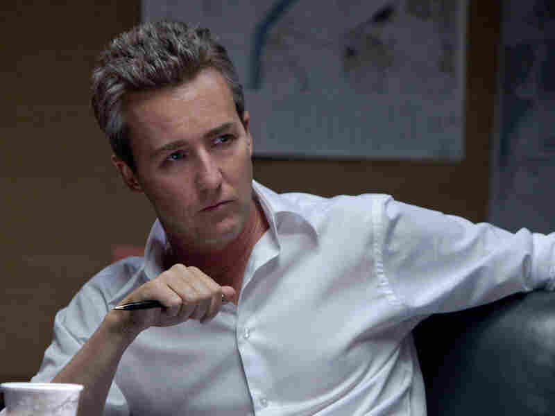 Eric Byer (Edward Norton) is a bureaucrat who wants Cross dead after shutting down the government program that chemically altered and enhanced him.
