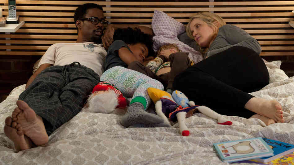Mingus (Chris Rock) and Marion (Julie Delpy) live together with their respective kids. Their differences begin to come out, though, when Marion's family visits in 2 Days in New York.