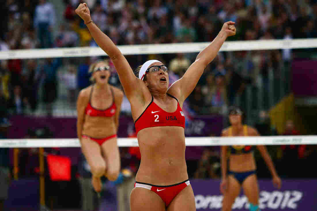 Women's Beach Volleyball Final Will Be All-American Affair ...