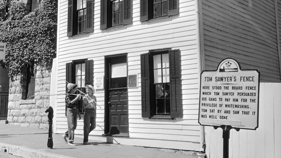 Twain's boyhood home in Hannibal, pictured circa 1955, is now a museum. (Getty Images)