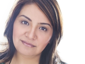 Comedian Cristela Alonzo blazes her own path in the competitive world of stand-up comedy.