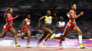 Allyson Felix Wins Gold In Women's 200 Meters