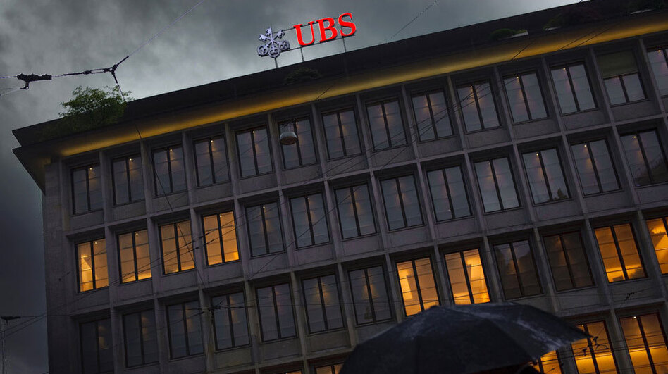 The U.S. government has been working for years to crack down on Americans dodging taxes overseas. In 2009, under intense pressure, the Swiss bank UBS released the names of its American customers. (AFP/Getty Images)