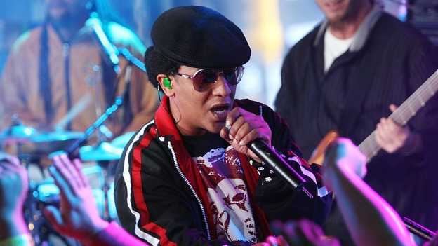 Tego Calderon, one of Reggaeton's top artists and producers, performs for fans in New York City. (Getty Images)
