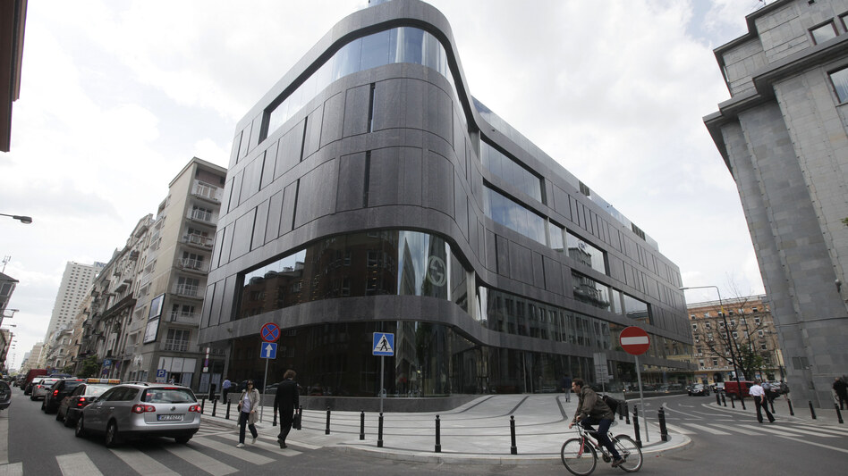 One of the latest additions to Poland's growing luxury goods market, the Wolf Bracka department store, beckons shoppers in the heart of the Polish capital,  Warsaw. The country's economy continues to grow, but Poles are anxiously watching the crisis in the eurozone.