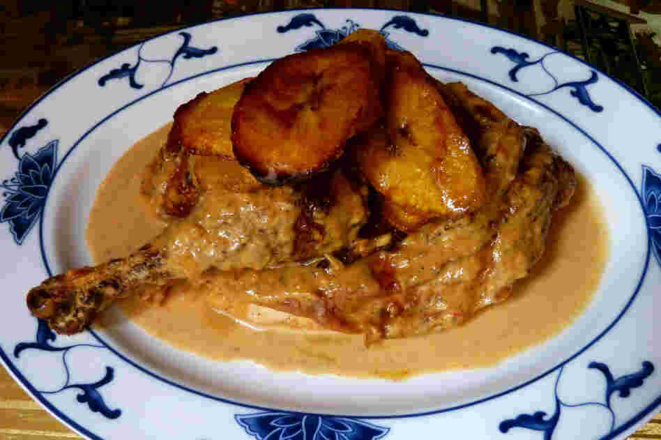 African Chicken With Baked Plantains
