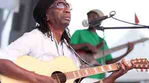 "Thomas Mapfumo wrote one of the most famous revolutionary songs, ""Hokoyo."""