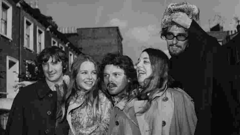 Scott McKenzie, center, with the members of The Mamas and the Papas in 1967. John Phillips, far right, wrote San Francisco (Be Sure to Wear Flowers in Your Hair). McKenzie died Saturday.