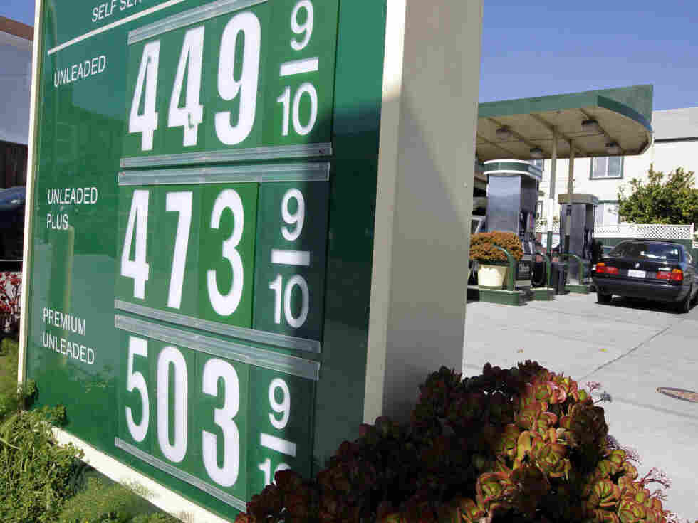 Despite rising in the past few weeks, gas prices are still lower than they were this spring.