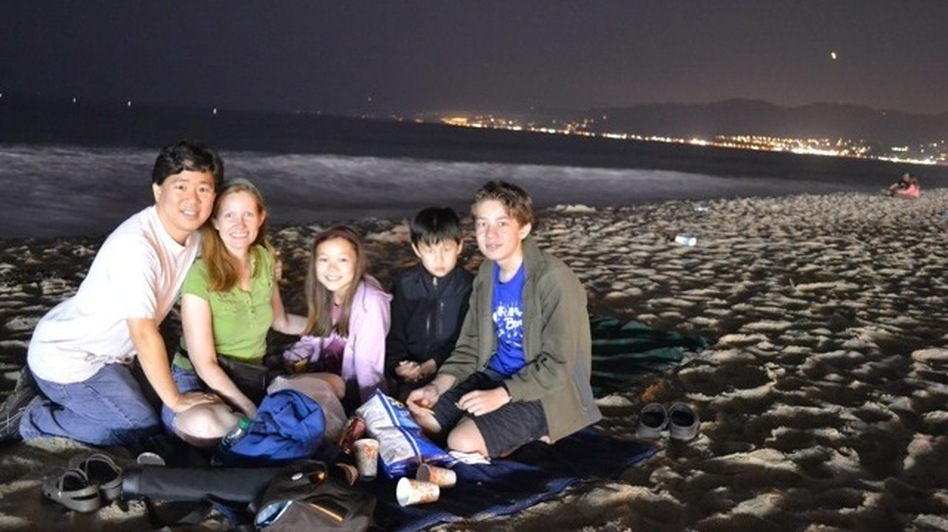 David Oh, wife Bryn and his children Braden, 13, Ashlyn, 10, and Devyn, 8, picnic in Santa Monica beach at about 1 a.m. (David Oh )