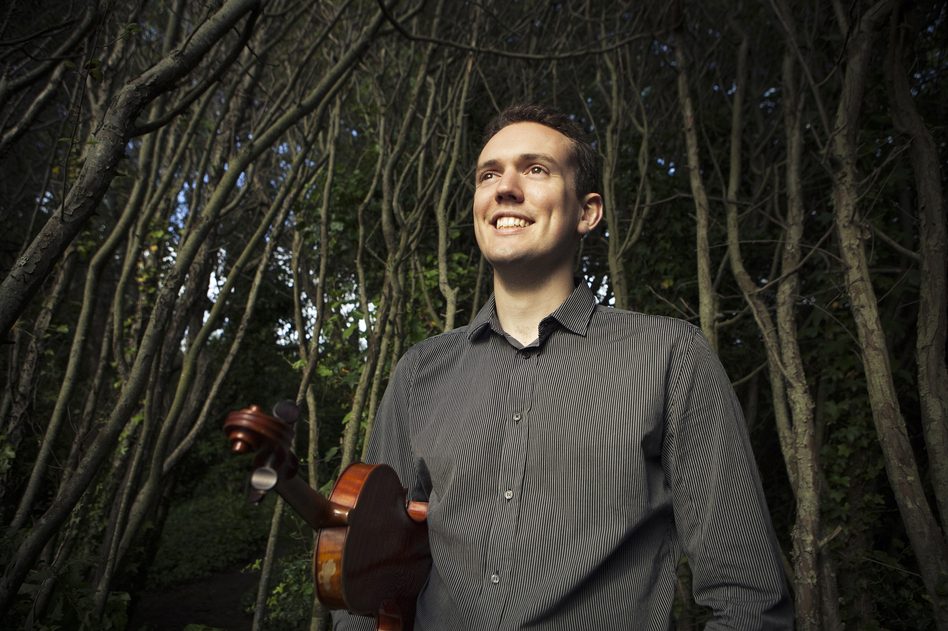 Classically trained violinist Ben Powell makes the leap to jazz in his album <em>New Street, a</em> tribute to the late Stephane Grappelli.