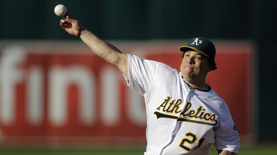 Oakland Athletics pitcher Bartolo Colon works against the Cleveland Indians in the first inning of a baseball game Aug. 18, 2012, in Oakland. (AP)