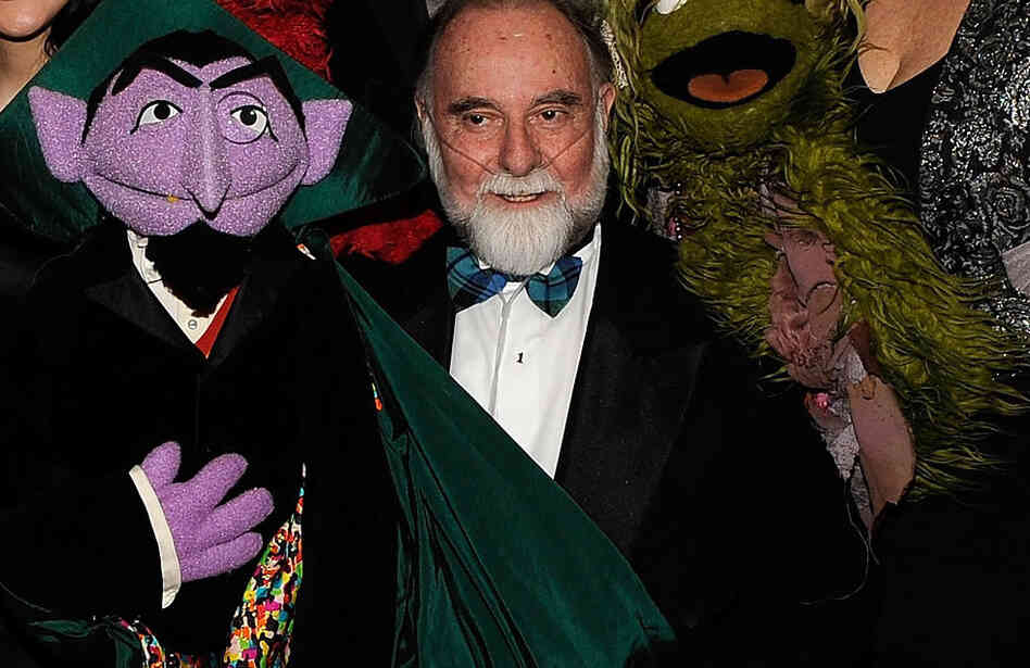 Jerry Nelson and the character he brought to life, Count von Count.