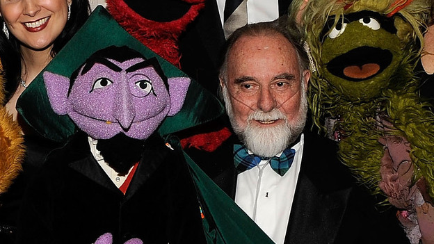 Jerry Nelson and the character he brought to life, Count von Count. (Getty Images)