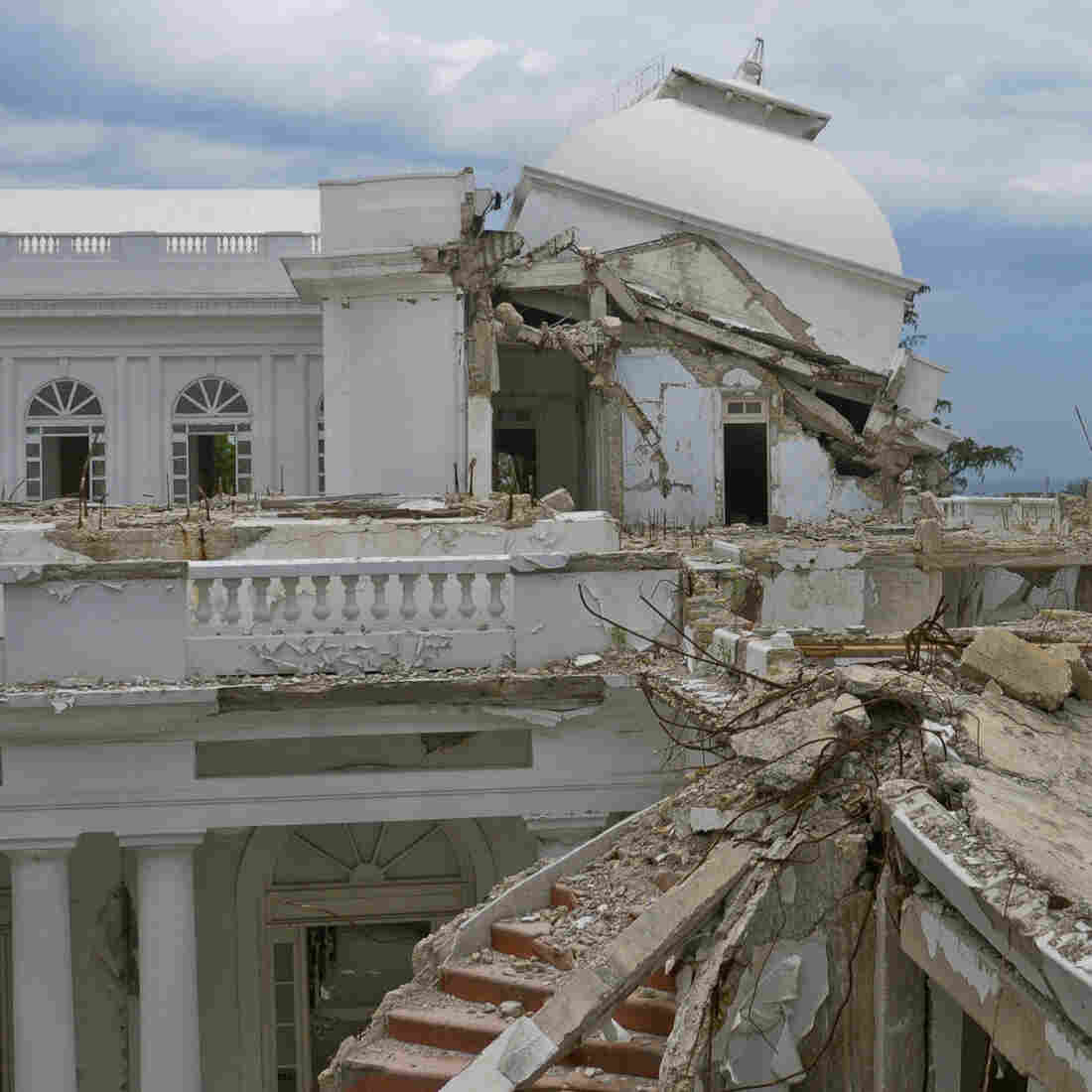 Documenting Haiti's Ruined Grandeur
