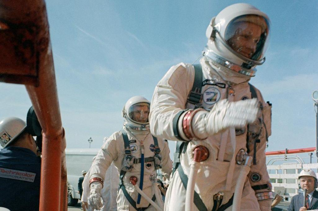 Neil Armstrong, First Man To Walk On The Moon, Dies ...