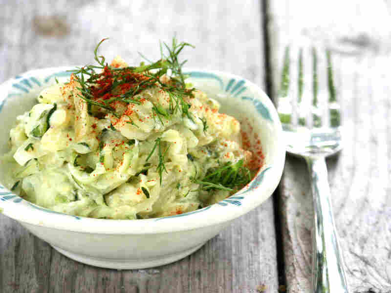 Piquant Zucchini With Sour Cream And Dill