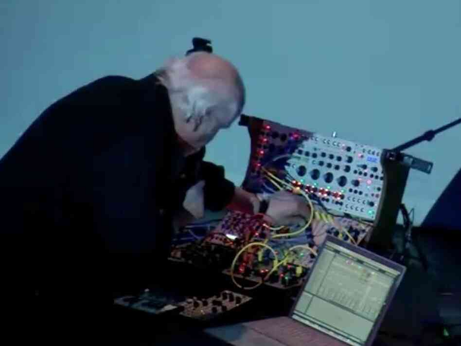 Morton Subotnick performing Silver Apples of the Moon in 2011