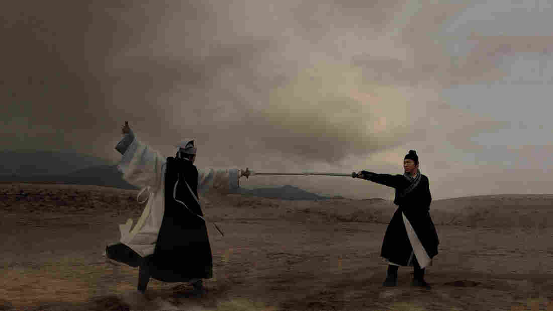 Yu Hua Tian (Chen Kun) and Chow Wai On (Jet Li) battle it out in Flying Swords, which translate's wuxia films' physics-defying action into 3-D.