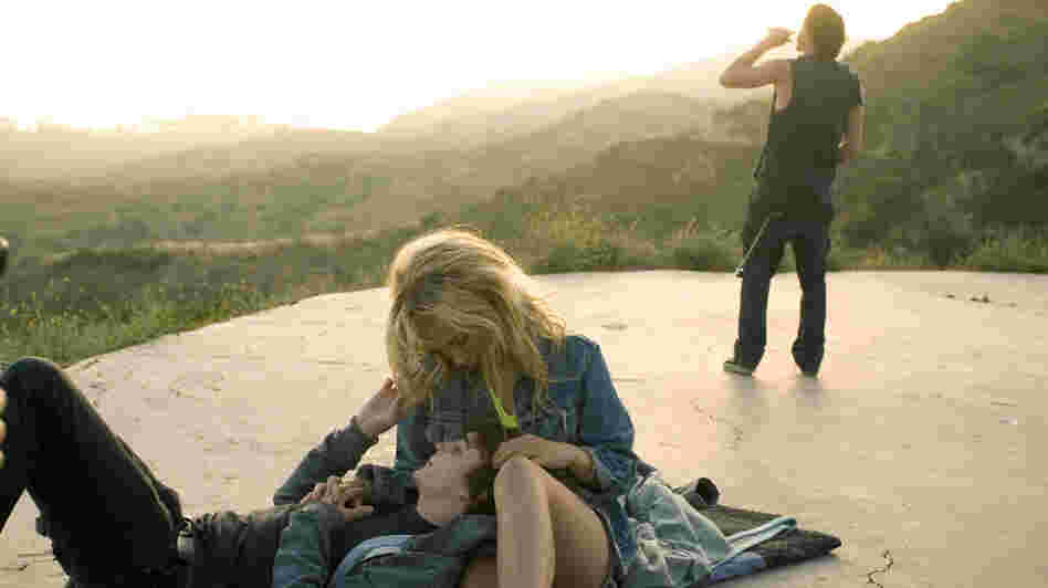 Wayward Lily (Juno Temple) falls for Jesse (Kyle Gallner), the head of a nihilistic skater gang from Los Angeles, in Little Birds, a story suffused with deprivation and despair.