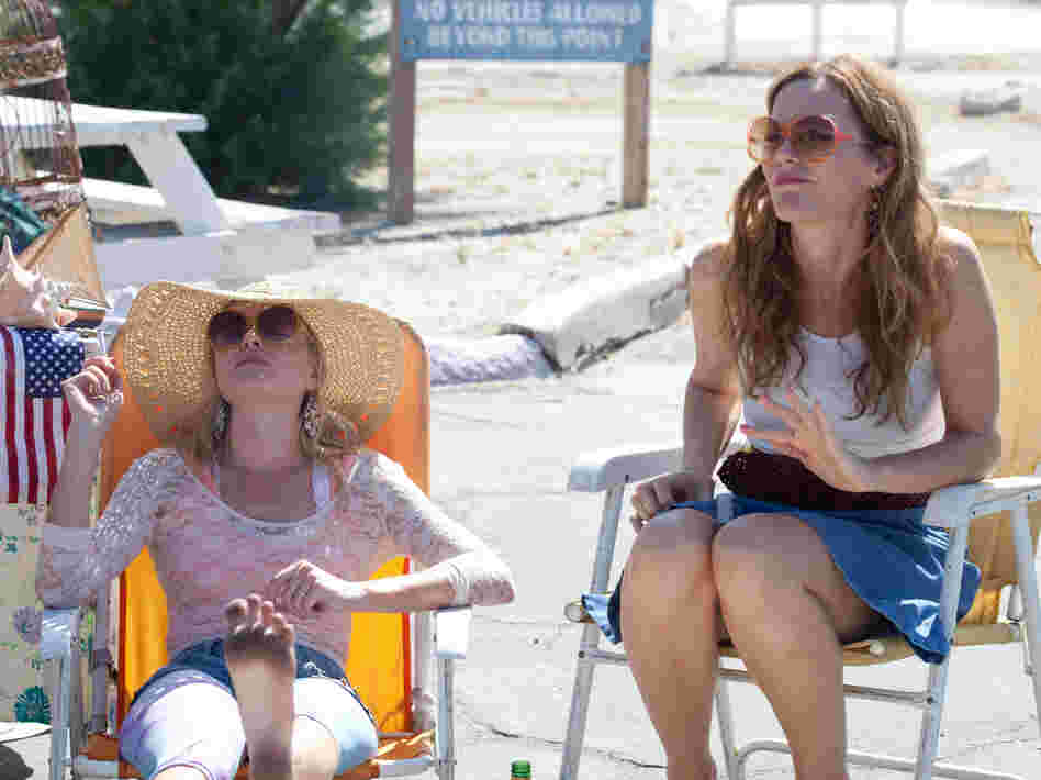 Bonnie (Kate Bosworth) and Lily's mother, Margaret (Leslie Mann), soak up the rays in the ravaged landscape where Little Birds finds its setting.