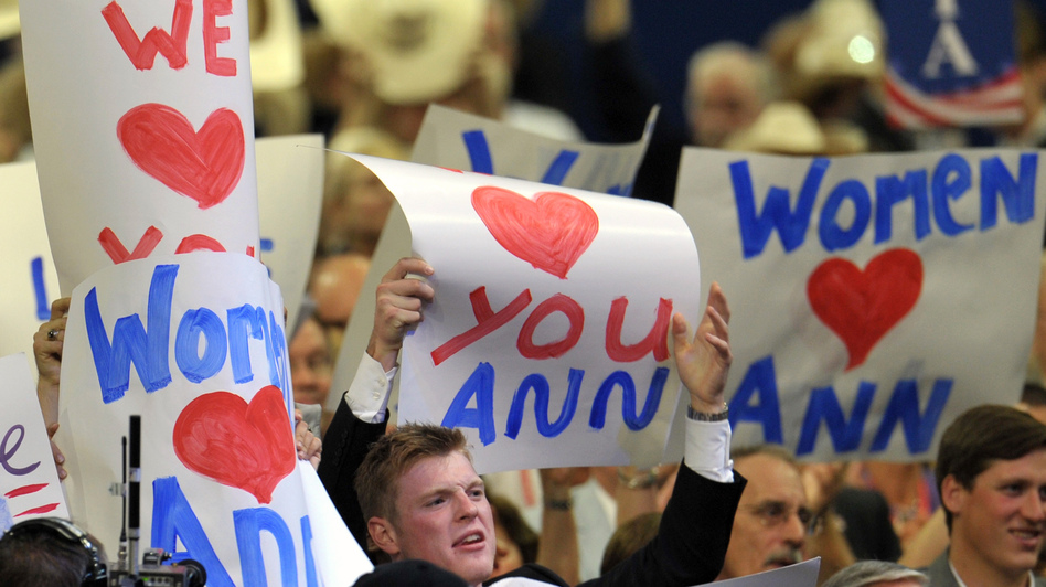 Delegates showed their love for Ann Romney at the Republican National Convention on Tuesday. (AFP/Getty Images)